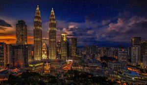 Night view of Petronas Twin Tower