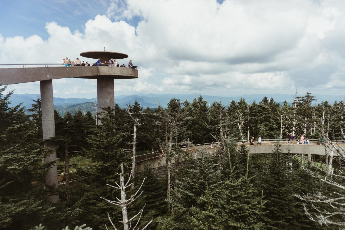 Tourists looking down on the view below the Clingmans Dome