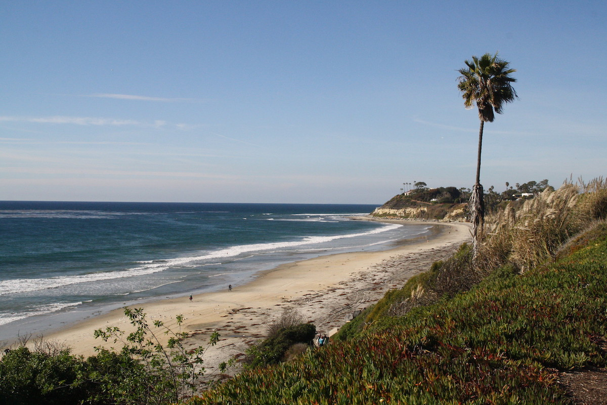 Gorgeous cliffs over at San Diego coastline
