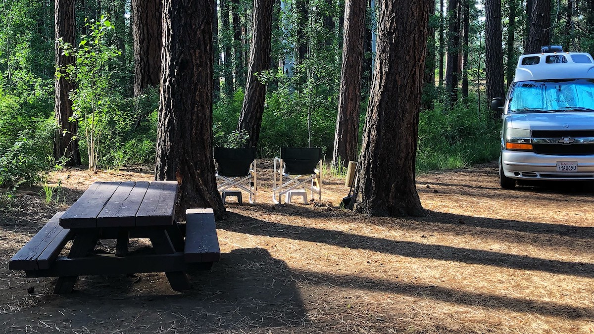 Campers setting up on Cold Springs Campground