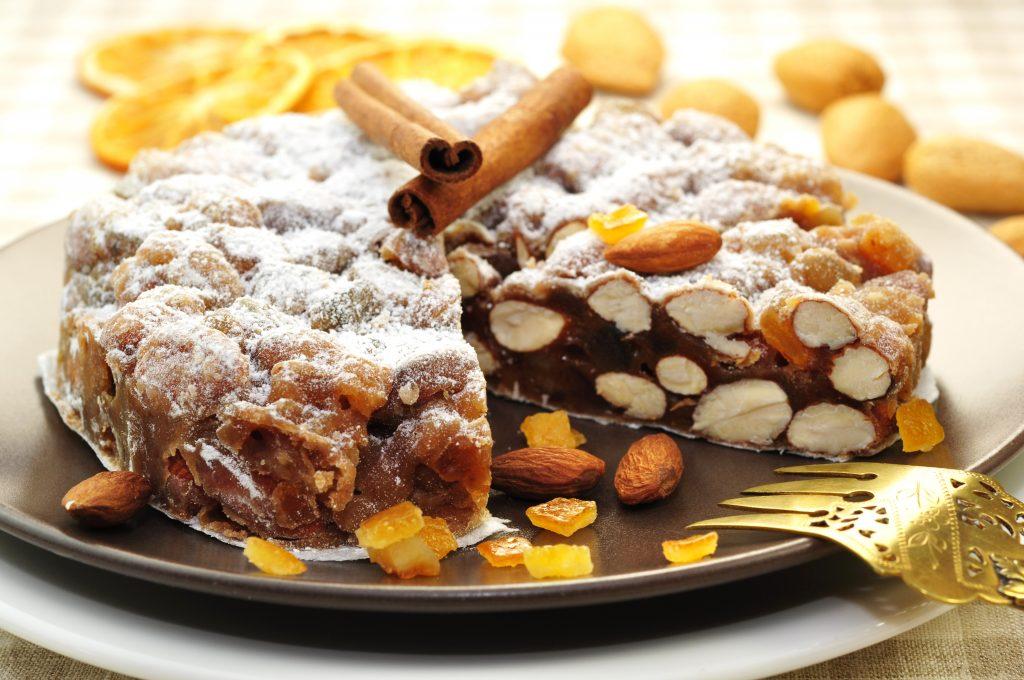 Panforte, sienese food, sienese dessert, sienese sweet