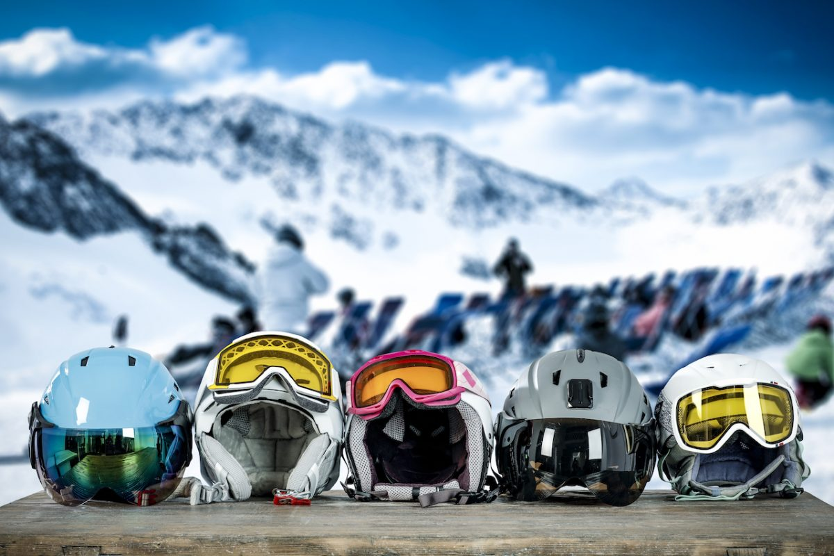 Multiple ski goggles with different lens type and tint