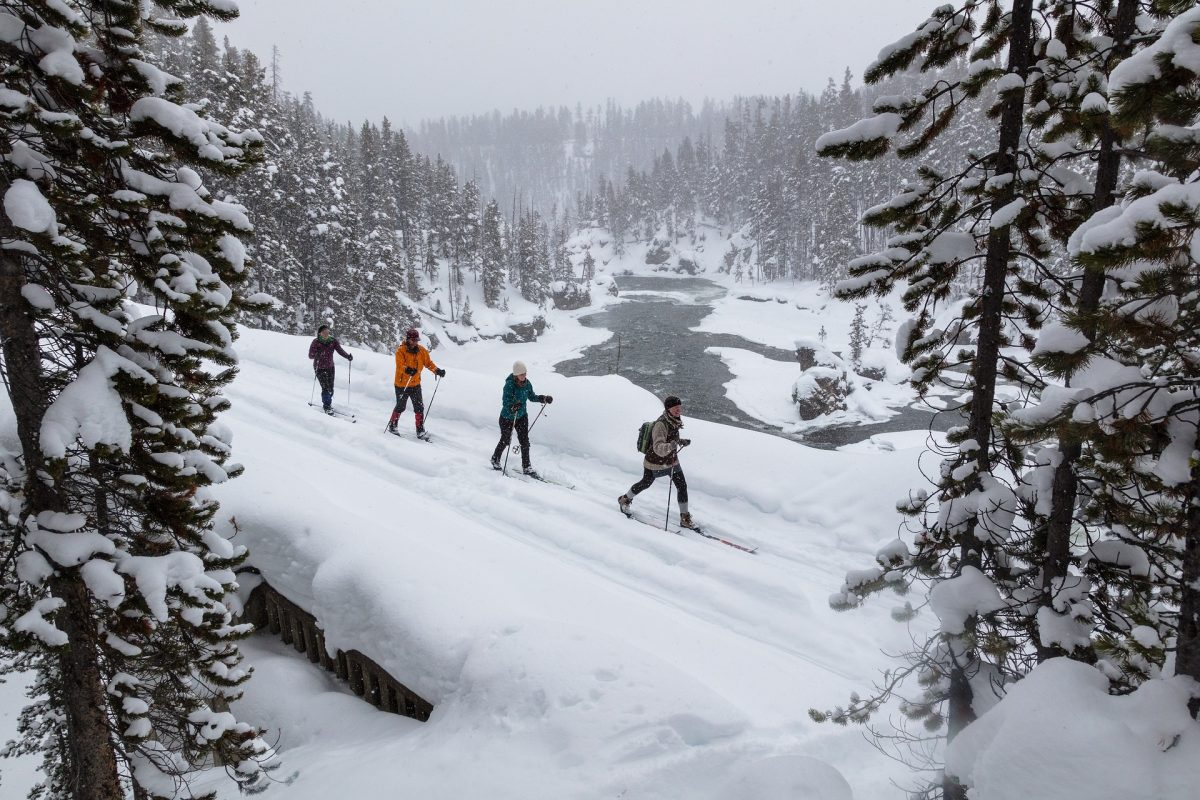 skiing 3896794 1920 0 - Ultimate BEST Winter Vacations You'll Get In The U.S.